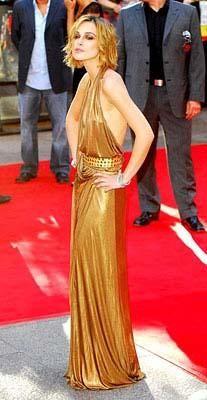 Anoreksik olduğu artık sır olmaktan çıkan güzel yıldız Keira Knightley'ın kemikleri sayılıyor.